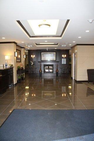 фото Holiday Inn Express & Suites Bridgeport 488372239
