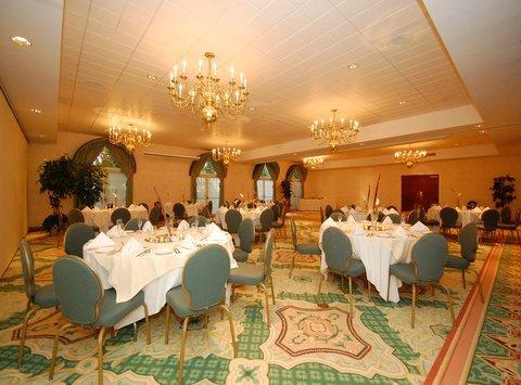 фото Best Western Inn at Hampton 488377875