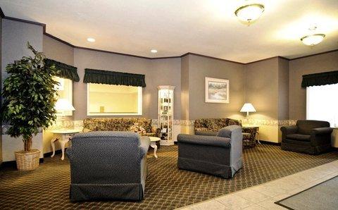фото Best Western Fostoria Inn & Suites 488378170