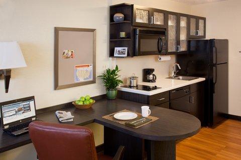 фото Candlewood Suites Hampton 488379945