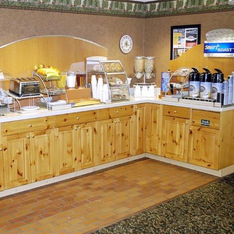 фото Pellston Lodge 488385664