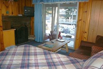 фото Inn on Fall River 488387659