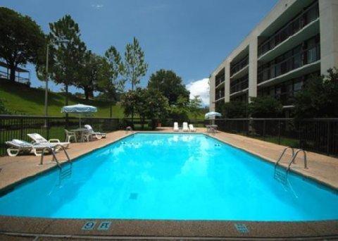фото Quality Inn & Suites 488388644