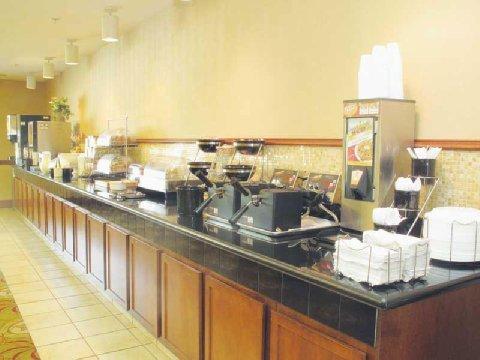 фото La Quinta Inn & Suites Lawton / Fort Sill 488390898