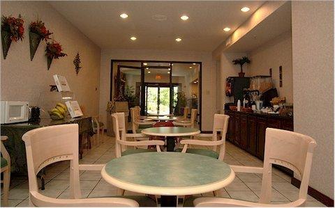 фото La Quinta Inn Terrell 488391393