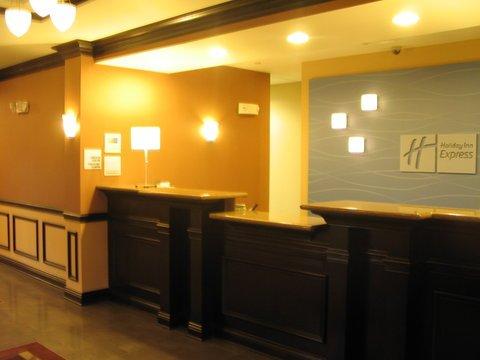 фото Holiday Inn Express Hotel & Su 488391844