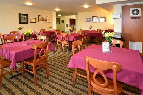 фото Best Western Rose Quartz Inn 488393443