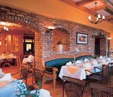 фото Red Cow Moran Hotel 488394771