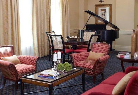 фото The Battle House Renaissance Mobile Hotel & Spa 488395297