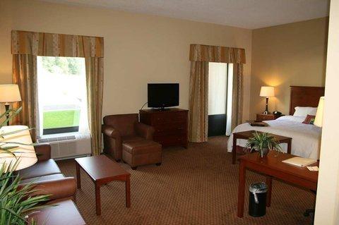 фото Hampton Inn  Suites Warren 488399803