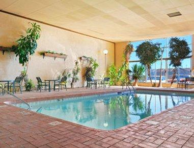 фото Days Inn & Suites Clovis NM 488403354