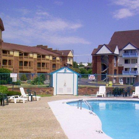 фото A1 Inn Kansas City 488404109