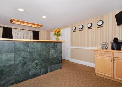 фото Rodeway Inn Boston Logan Airport 488404346