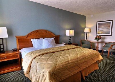 фото Comfort Inn on the Ocean 488407742