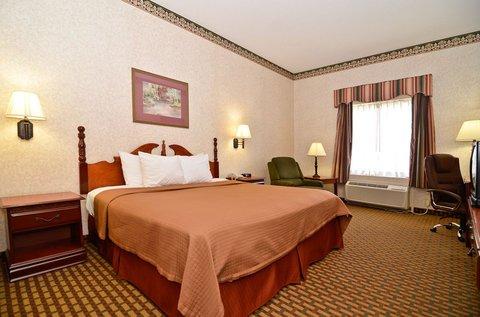 фото Best Western Bradbury Inn & Suites 488409860
