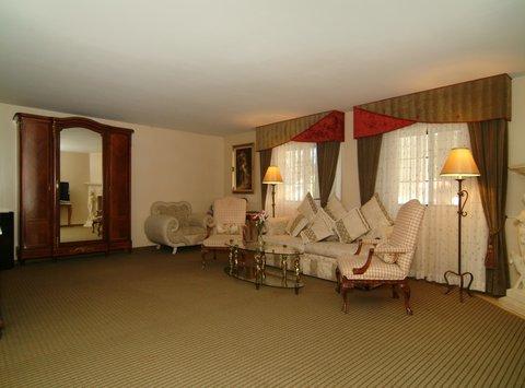 фото Best Western- Big Bear Chateau 488411758