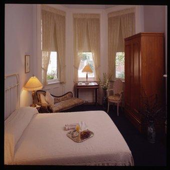 фото The Priory Hotel 488412897