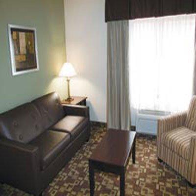 фото La Quinta Inn & Suites Fort Walton Beach 488412984