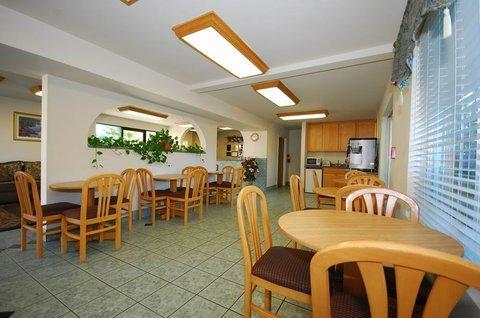 фото Best Western Cloverdale Inn 488414353