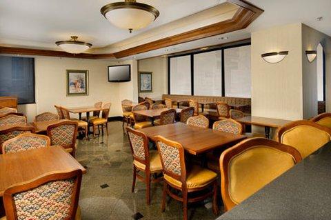 фото Drury Inn Suites St Louis SW 488415216