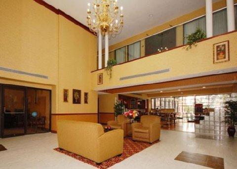 фото Comfort Inn & Suites Perry 488415461