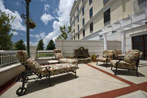 фото Hampton Inn ATL-Lawrenceville-I-85-Sugarloaf 488417253