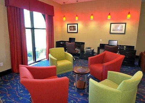 фото Comfort Suites Jackson 488418129