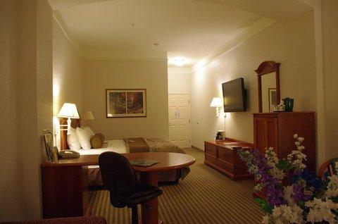 фото La Quinta Inn & Suites Kingwood 488418486