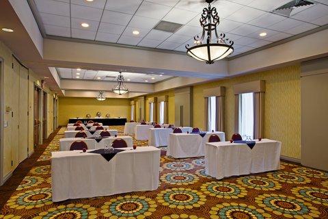 фото Radisson Hotel Whittier 488419859