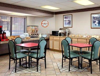 фото Howard Johnson Roanoke Airport 488420855