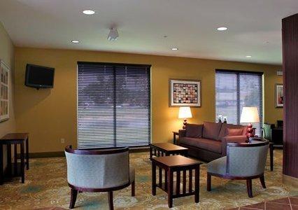 фото Comfort Suites Dothan 488421365