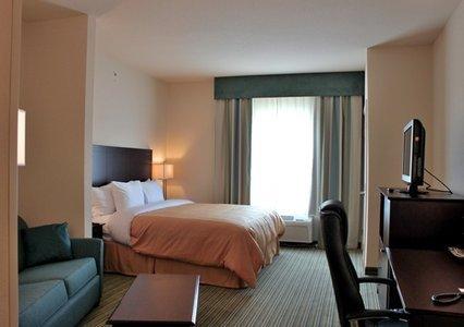 фото Comfort Suites Dothan 488421367