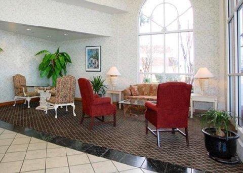 фото Comfort Inn and Suites Lakeland 488425381