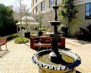 фото Garden Inn & Suites - JFK 488426192