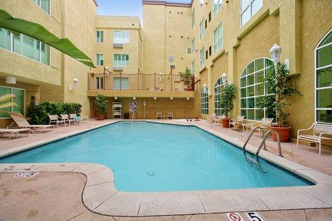 фото Desert Palms Hotel & Suites Anaheim Resort 488429828