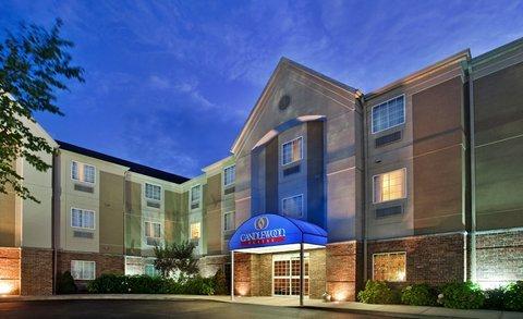 фото Baymont Inn & Suites Ft. Leonard/St. Robert 488432561