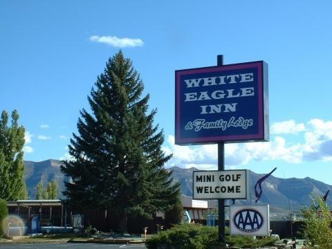 фото White Eagle Inn 488433105