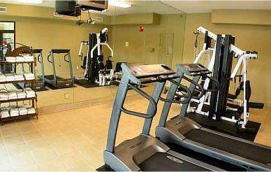 фото Ashton Inn & Suites 488433404