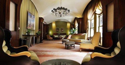 фото Loews Boston Hotel 488434415
