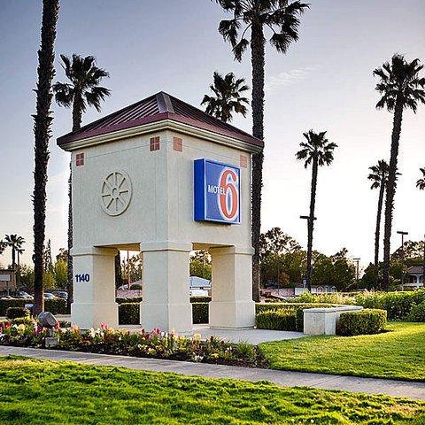 фото Motel 6 Lodi 488445341