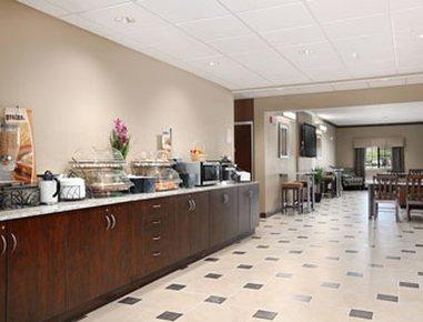 фото Microtel Inn Suites Michigan 488447278