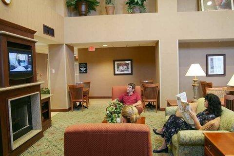 фото Hampton Inn Suites Rockland 488448305