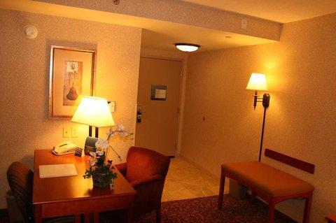 фото Hampton Inn Dubuque 488453353