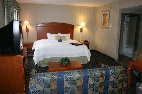 фото Hampton Inn and Suites Jamestown 488453460