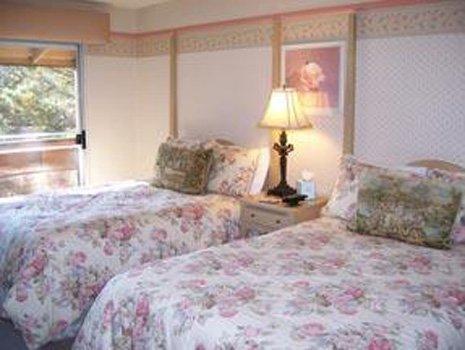 фото Carmel Inn & Suites 488453515