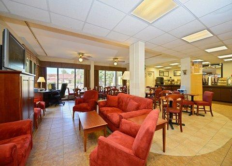 фото Quality Inn University Winston Salem 488456249