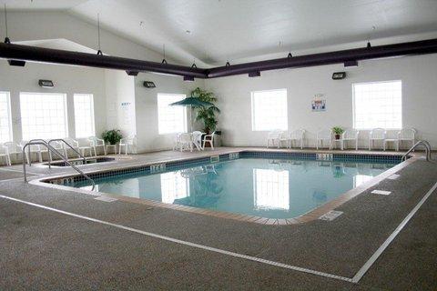 фото Crossings by GrandStay Inn & Suites 488457075