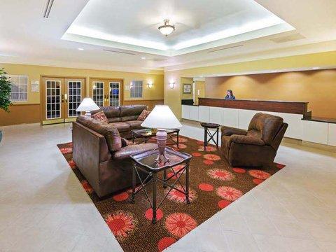 фото La Quinta Inn & Suites Seguin 488457428