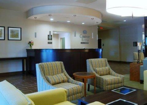 фото Comfort Suites Lake Norman 488457636