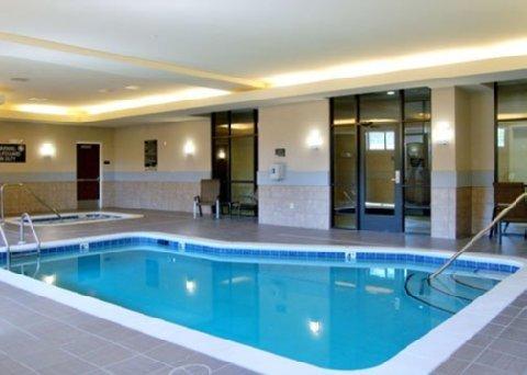 фото Comfort Suites Lake Norman 488457641